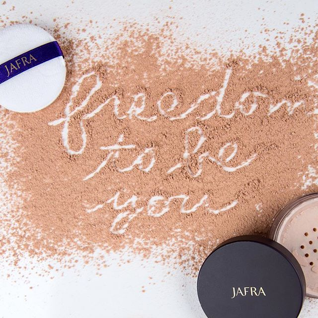 As a JAFRA consultant, you give yourself the freedom to live the life of your dreams! Are you ready? Click the link in our bio! #jafrausa #jafracosmetics #jafraconsultant #Monday #motivation #makeup #beauty