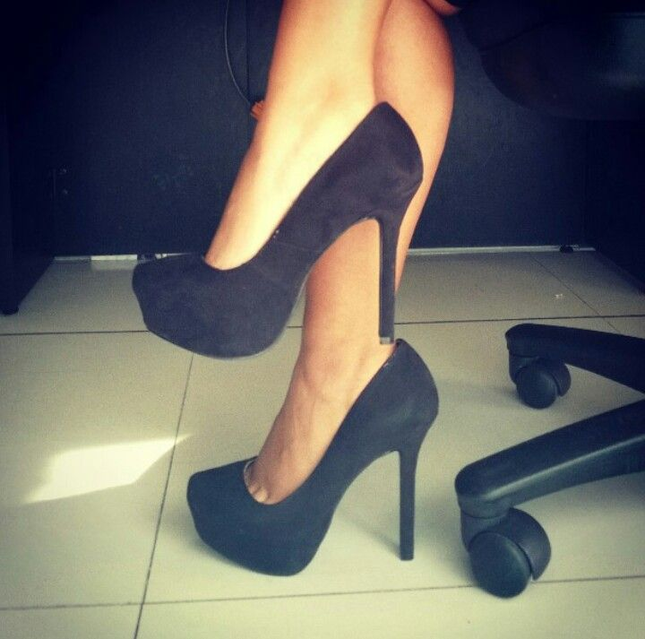 #Shoes #HighHeels #Simple #black #Milagresa #me #nice #LoveShoes