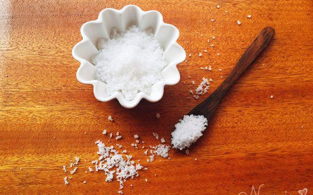 塩水は最強のデトックスウォーター!塩水で腸内クリーニングする方法