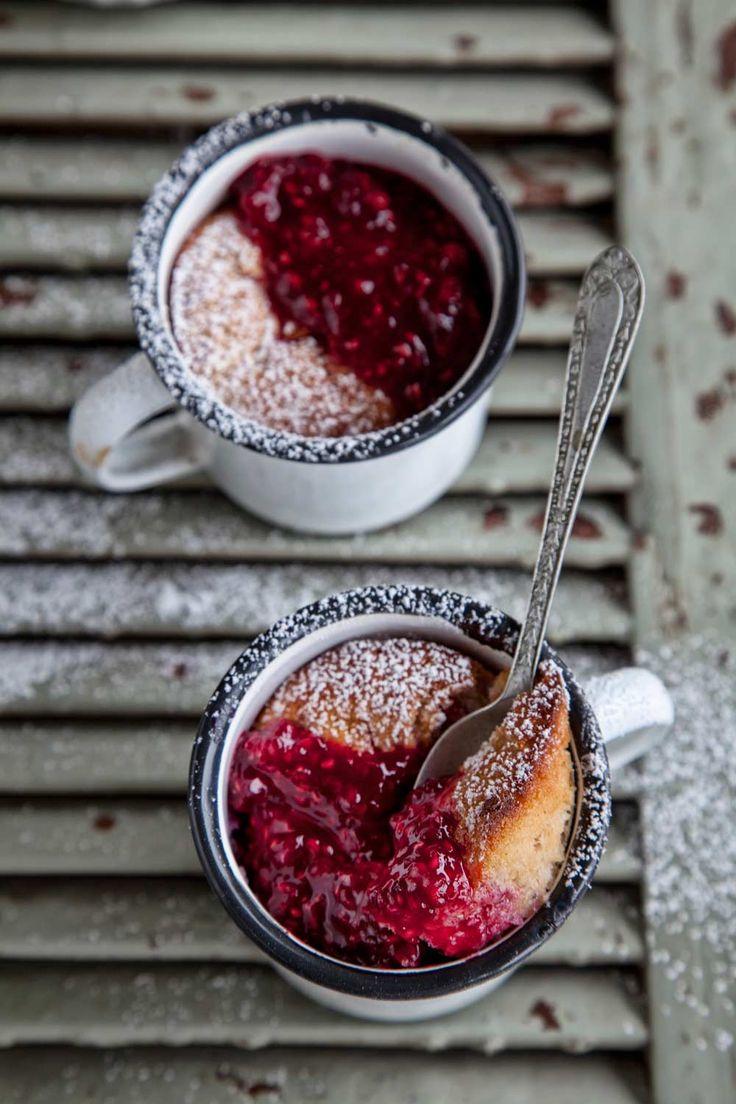 individual raspberry cobblers