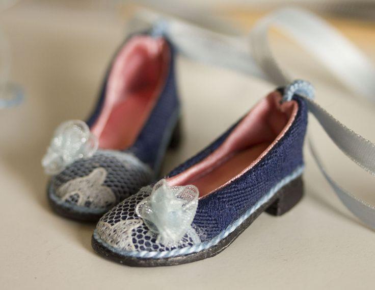 Shoe Tutorial by Dorote Zaukaite
