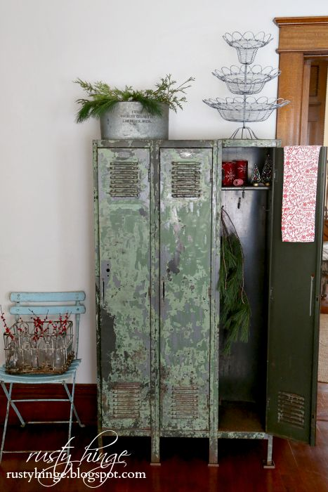 These vintage lockers are a MUST! 2016 Holiday Housewalk ~Home for Christmas | Rusty Hinge