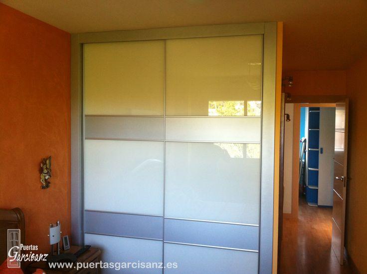 Las 25 mejores ideas sobre ventanas de aluminio blanco en - Armarios de cristal ...
