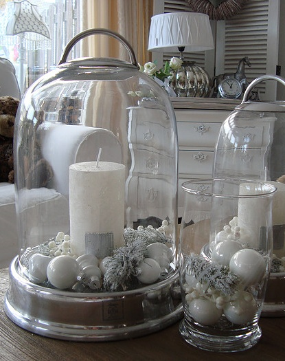 Foto van de week Candle with favorite Spring touches