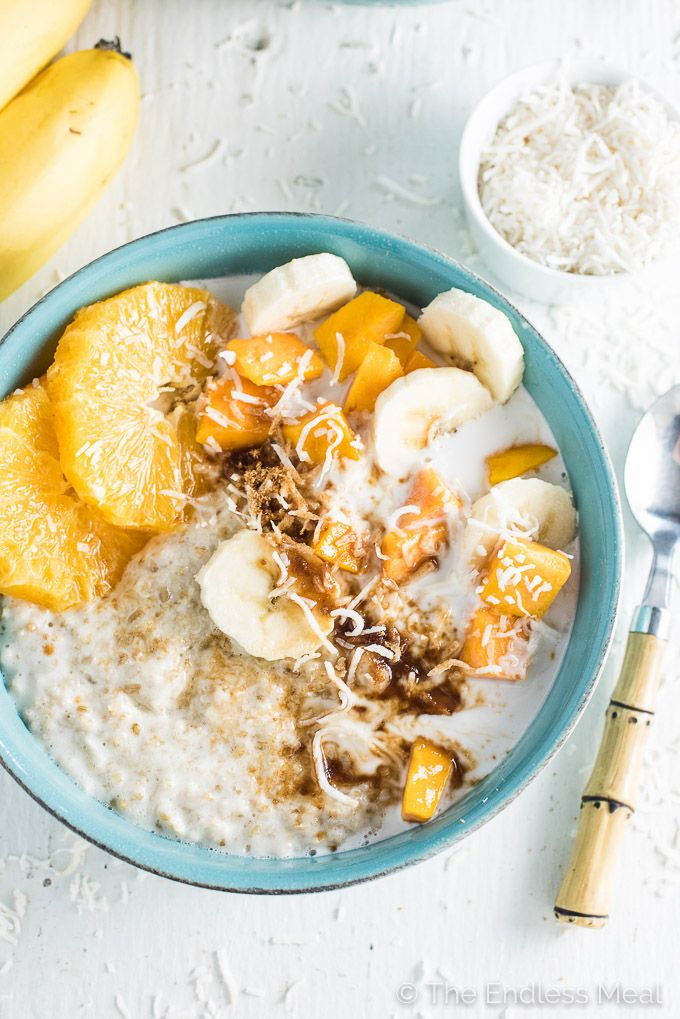 Tropical Summer Coconut Oatmeal is a quick, healthy, and delicious vegan + gluten free breakfast. You will LOVE how light and summery this porridge is!