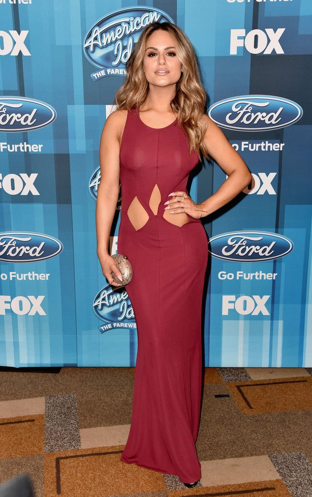 Pia Toscano at the American Idol Finale - The Most Beautiful Gowns of 2016 - Photos