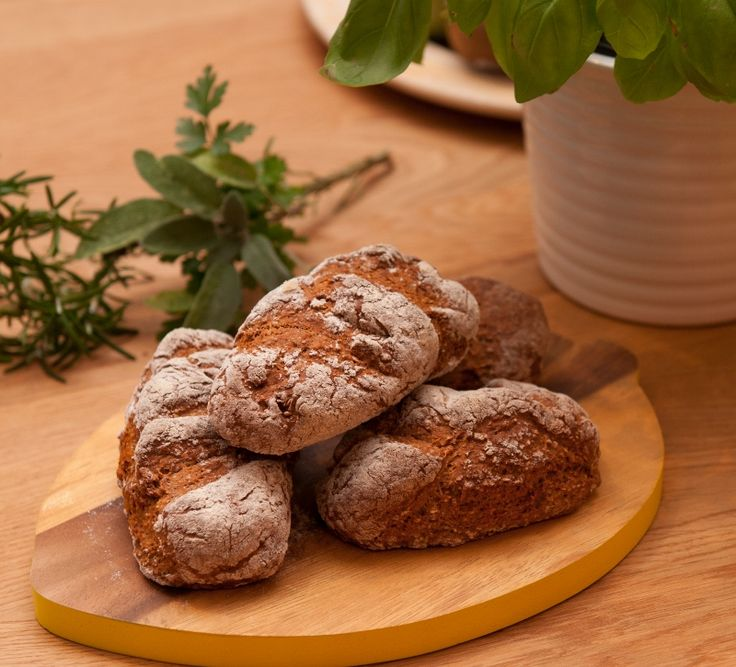 Aromatic soda bread mini loaves - Scrumptious soda bread rolls flavoured with a mix of fresh herbs