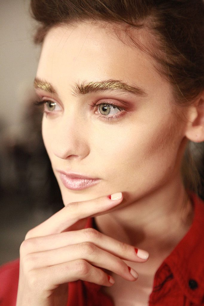 Gold brows and red half-moon nails at Alexandre Herchcovitch Fall 2014