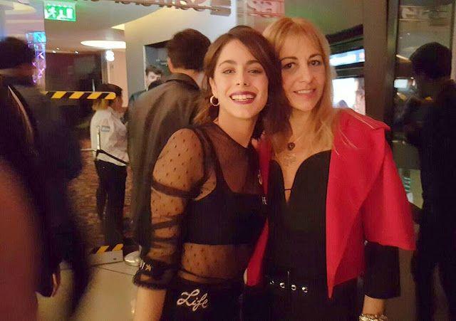 Roxana Salerno acompañó a Tini en el estreno de su película - @Rs_Modaa y @TiniStoessel  La diseñadora Roxana Salerno estuvo presente en el Dot Baires Shopping acompañando a Martina Stoessel en la función especial de Tini el gran cambio de Violetta que ya se puede ver en los cines.  Especiales moda