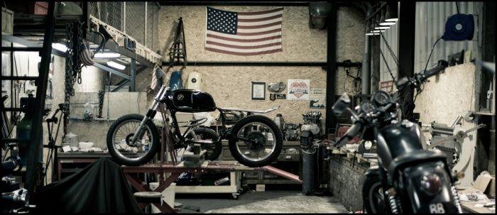 73 best images about motorcycle garage on pinterest for Garage custom moto