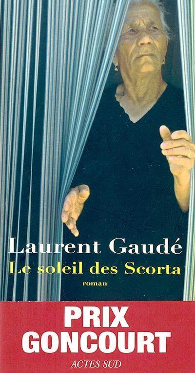 Roman solaire, profondément humaniste, le nouveau livre de Laurent Gaudé met en scène, de 1870 à nos jours, l'existence de cette famille des Pouilles à laquelle chaque génération, chaque individualité, tente d'apporter, au gré de son propre destin, la fierté d'être un Scorta, et la révélation du bonheur.