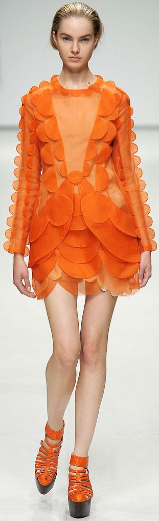 Christopher Kane.S/S 2013.London Fashion Week