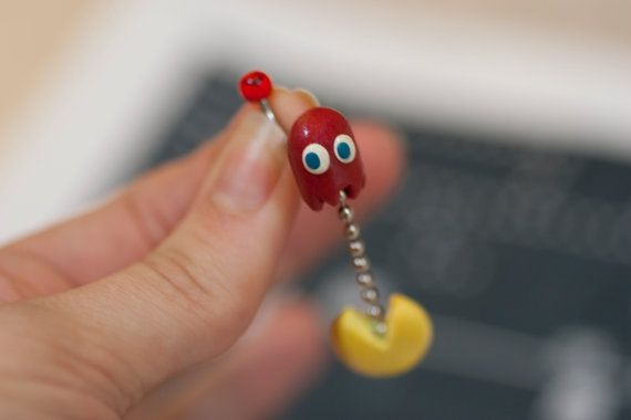 Pac Man And Ghost Dangle Belly Button Ring. I might get my belly button pierced just so I can have this!