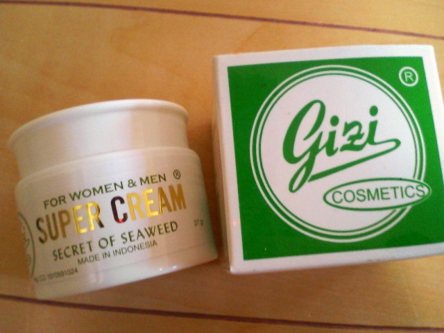 Gizi Super Cream is processed according to a traditional recipe using natural Indonesian ingredients such as seaweed (a special plant for cosmetic use), and other biological ingredients for maintaining healthy skin. It enhances your skin's beauty naturally and is suitable for many skin types. Check it at http://www.bonanza.com/booths/white17e