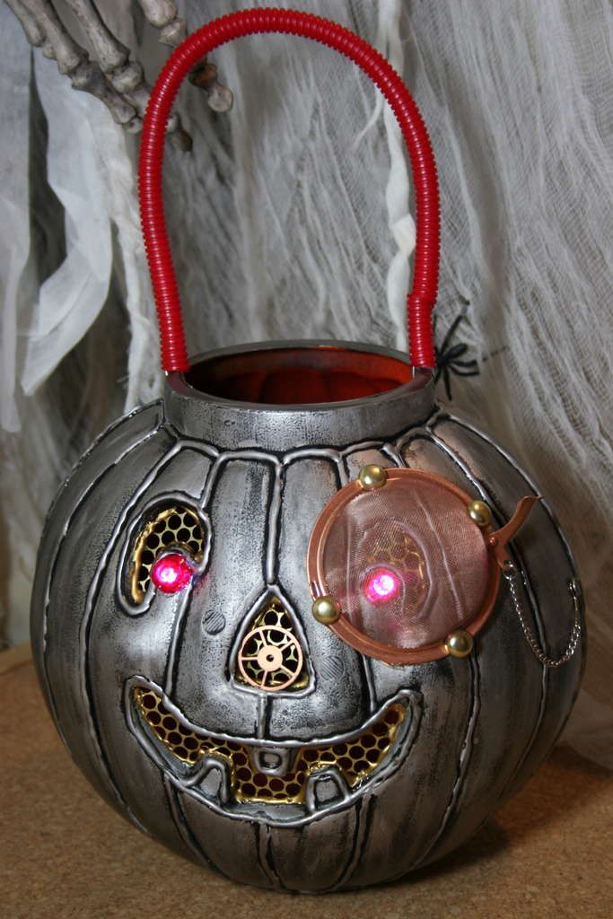 steampunky pumpkins from the orange plastic ones.