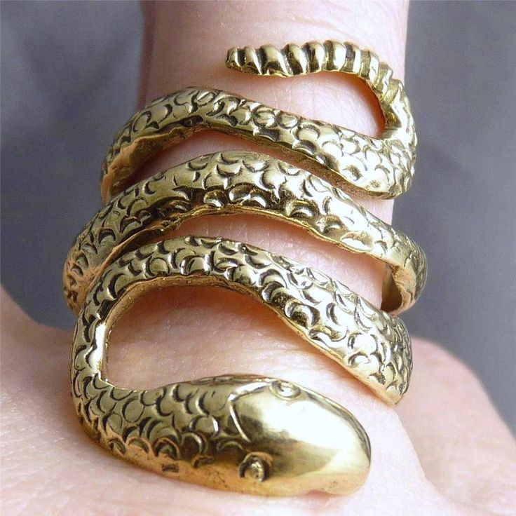 US 9-10 (Adj.)  Brass  Cobra Snake  SilverSari Art Ring * Crafted by Silversmith
