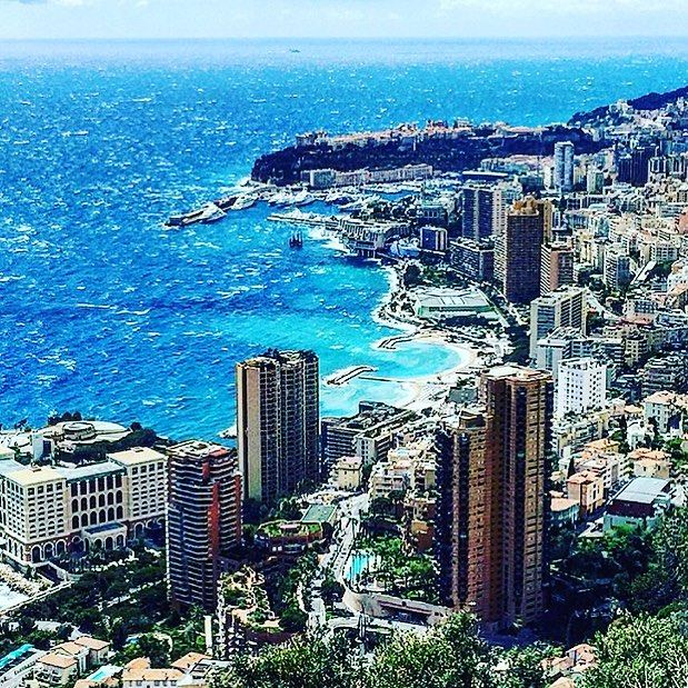#Rocher #sun #beachday #niceview #france #monaco #ocean #speedy #bmw #race #weekend #wine #easygoing #lebanon #oz #casino #models #carlton #hair# mafia #muscle #fitness #piceps #kolibripower #deschnauzischamgwaggele #andmore  by kolibripower from #Montecarlo #Monaco