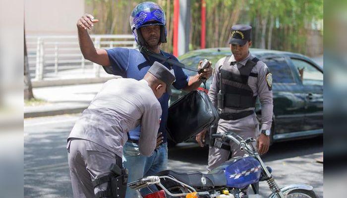 Policía Nacional dice que respeta derechos ciudadanos en los operativos