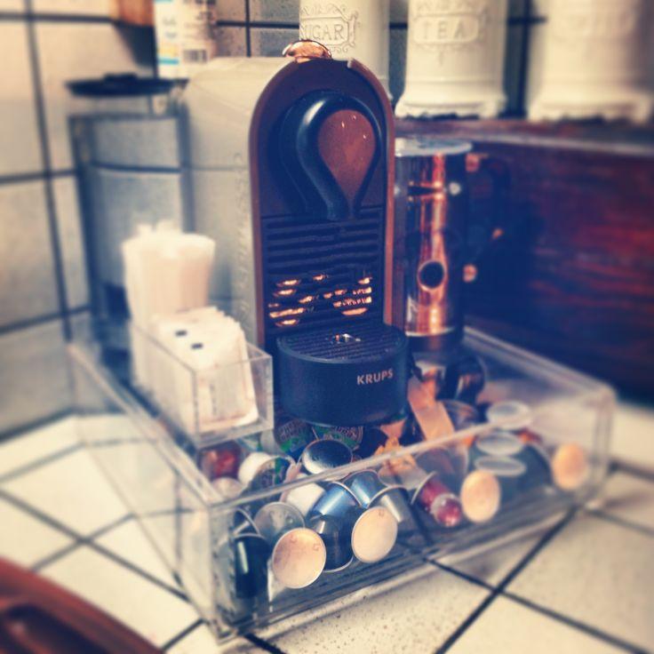 espositore con cassetto porta cialde per macchina del caffè