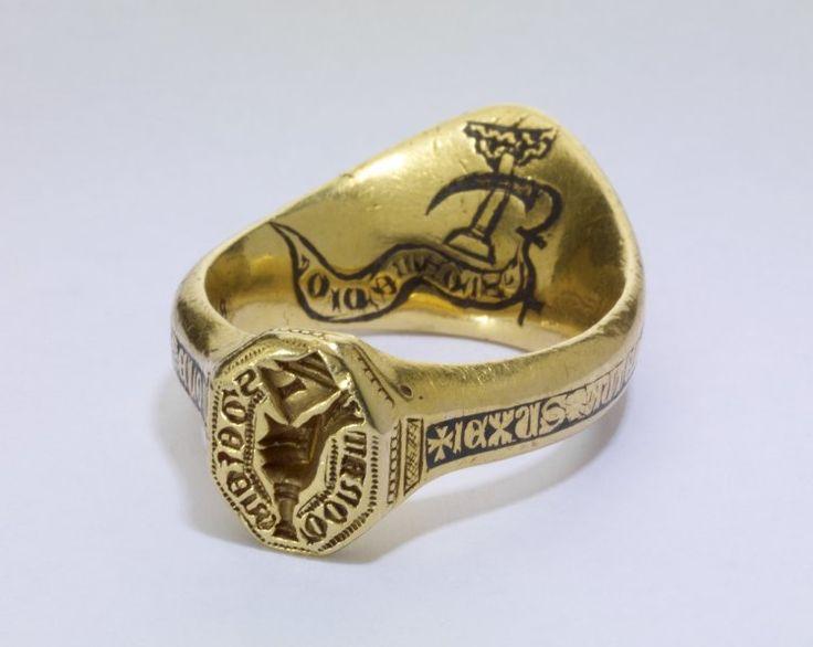 14th C. archer ring signet.  Italian (Venetian).  Arms of Donati.  Gold and Niello.