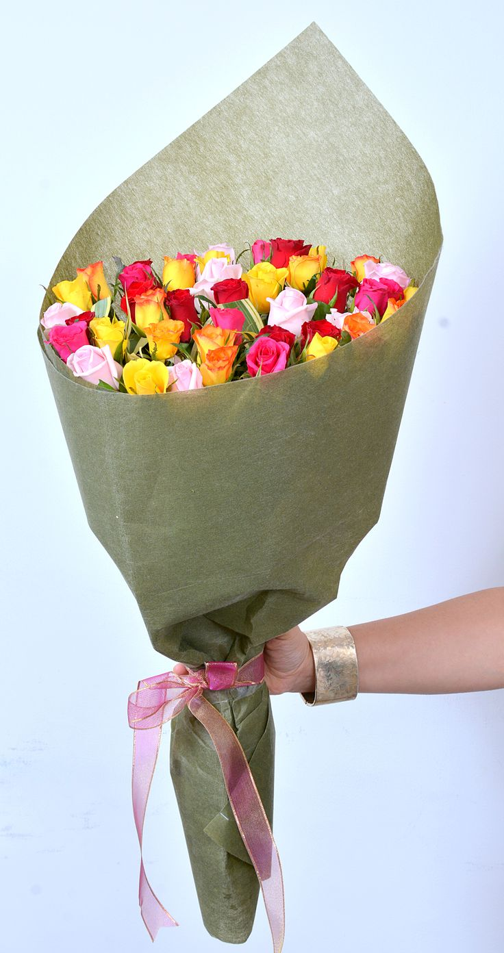 Wondrous Wishes: A #colorful bunch of beautiful and fresh #Roses. #FreshFlowers #HandBouquet #NotJustFlowers #SameDayDelivery