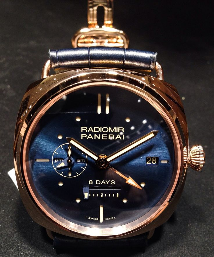 The PAM00538-RADIOMIR 8 DAYS GMT ORO ROSSO is the perfect Panerai dress watch