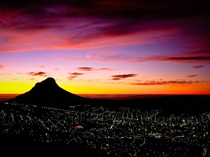 lion-head mountain and cape town at night