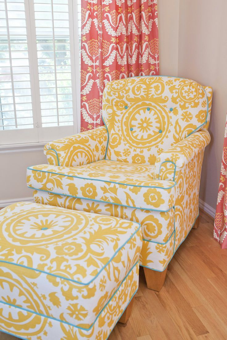 LOVE this yellow chair with turquoise piping