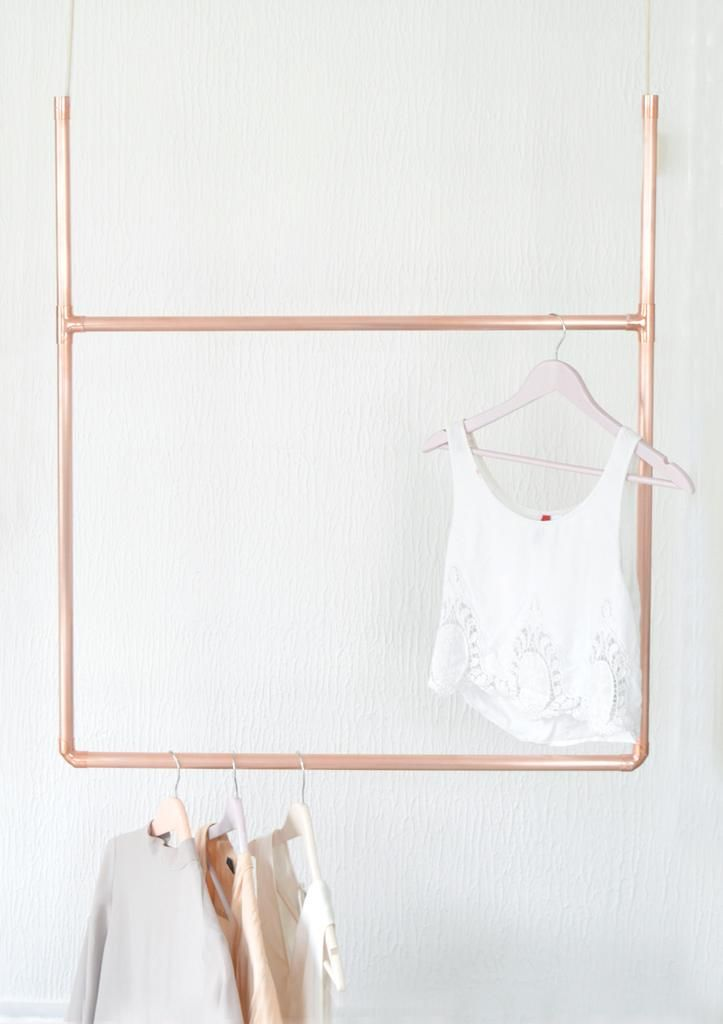 Copper Pipe Hanging Display Clothing Rail / Clothes Storage
