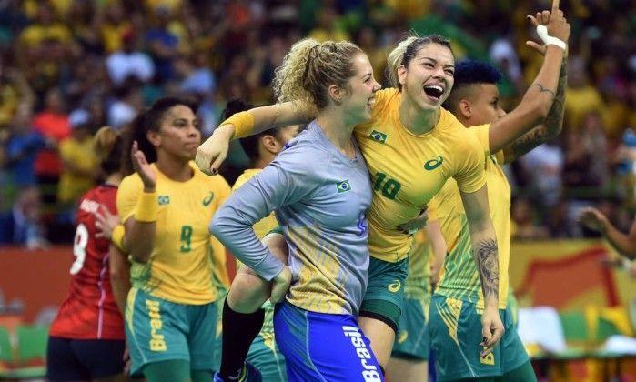 Brasileiras do handebol estreiam derrotando campeãs mundiais - Jornal O Globohttp://oglobo.globo.com/esportes/brasileiras-do-handebol-estreiam-derrotando-campeas-mundiais-19867431?utm_source=newsletter&utm_medium=email&utm_content=esportes&utm_campaign=newsdiaria