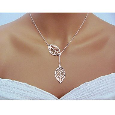 Loving the detail from the leaves in this necklace! Isn't it lovely? Click to get yours.