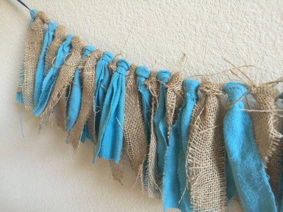 Arpillera y tela azul Garland tema bandera / por HomeTidbits