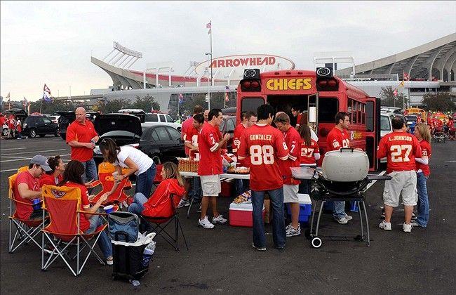 kansas city chiefs tailgating   Kansas City Chiefs Game Experience - Arrowhead Addict - A Kansas City ...