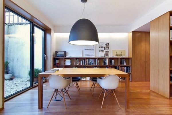 การฟื้นฟูสภาพของอาคารพักอาศัย ตั้งอยู่ในอาวิเล, สเปน,
