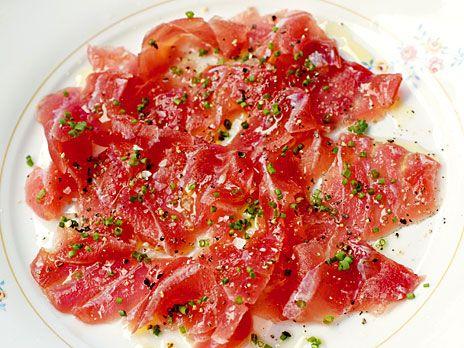 Tonfisk marinerad i olivolja och citron | Recept.nu