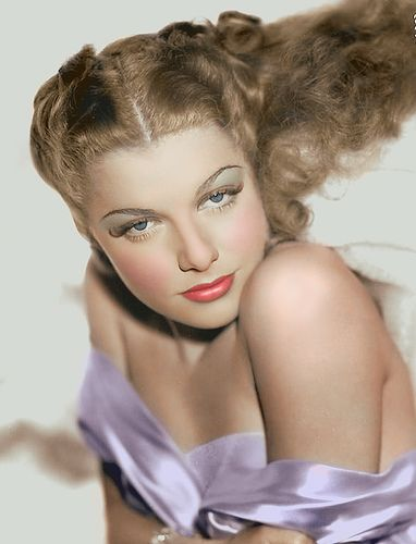 """The Oomph Girl, c. 1940s  The """"Oomph"""" Girl: Ann Sheridan. You can read about her life and movie career here>>> http://classiccinemagold.com/ann-sheridan/ann-sheridan-the-oomph-girl/"""