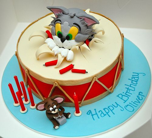 Cute Tom and Jerry cake!