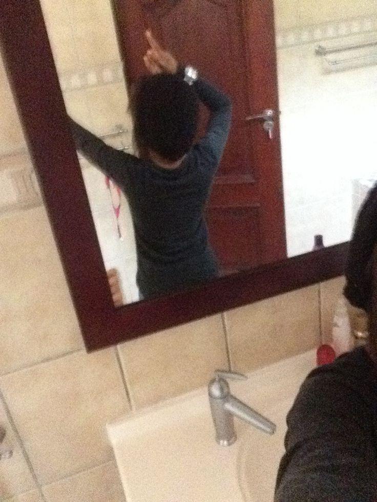 Haha women in the mirror