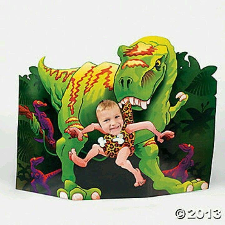 Dino fotografija / Dinosaur photo booth @ oriental trading.com