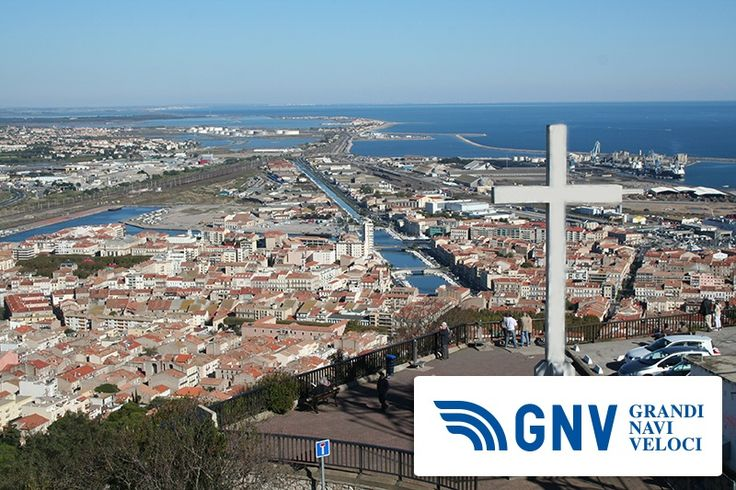 General view of the city, including ship canal and harbor    http://www.gnv.it/it/destinazioni-traghetti/francia-sete.html