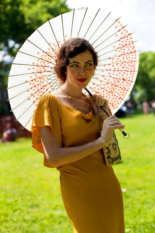 i could not love everything about this more - absolutely glorious. sassy, sexy, 30s, delicious.: Style, Lawn Party, Jazz Age, Vintage, Dress, Parasol, Age Lawn