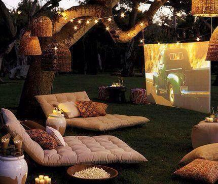 Cine al aire libre.