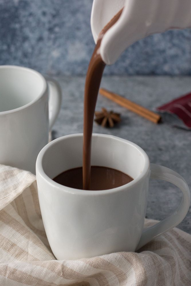 Dark Chocolate Chai Latte Flora Vino Recipe In 2021 Vegan Chai Latte Chai Latte Vegan Sweets Treats
