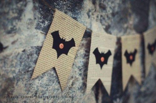 DIY Vintage Halloween Garland With Bats And Pumpkins
