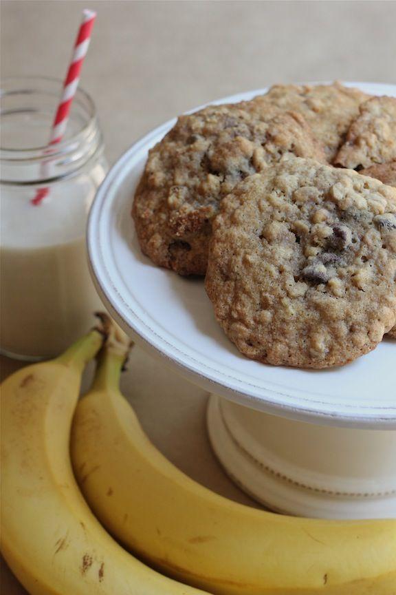 Banana-Walnut Chocolate Chip Cookies | Cookies & Confections | Pinter ...