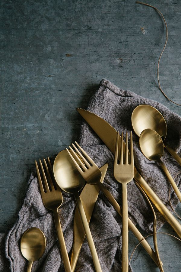 OMC LOVES: Gold. Cutlery.