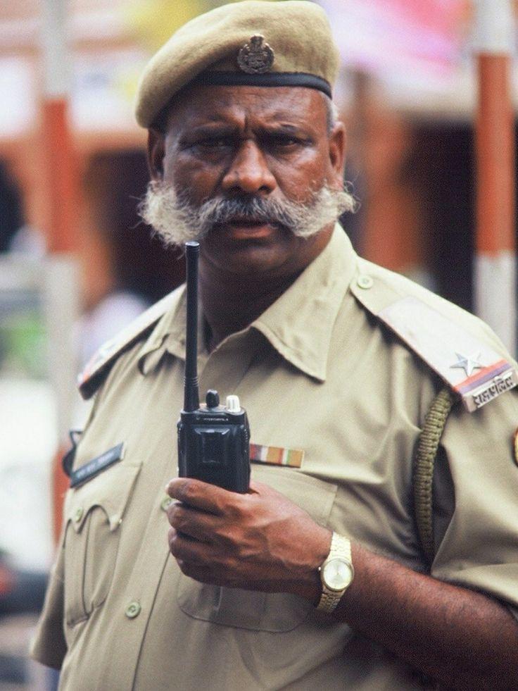 India - policeman  Photographed by Renato Siani