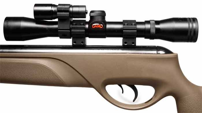 Gamo Varmint Hunter HP  22 Cal Air Rifle w/4X32 Scope, Laser, Light