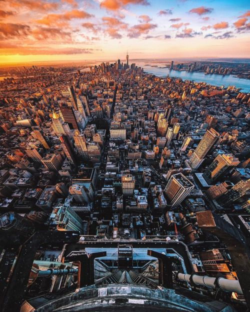 Birds eye view of this amazing city by Tom @tomjauncey #nyc #newyork #newyorkcity #manhattan #brooklyn #queens #eastvillage #westvillage #midtown #downtown #tribeca #soho #uppereastside #upperwestside