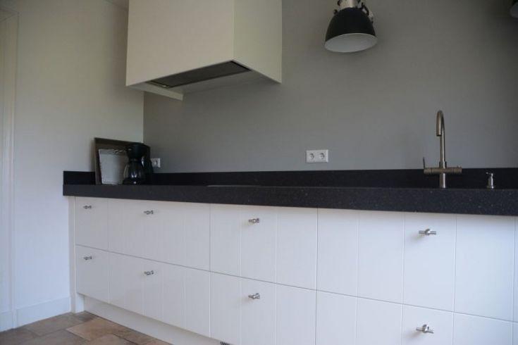 Keuken wit met v-groef Elst | VRI-Interieur